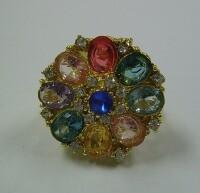 Ring goud beatrix + 8 grote stenen