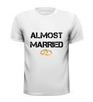 Almost married vrijgezellen T-shirt